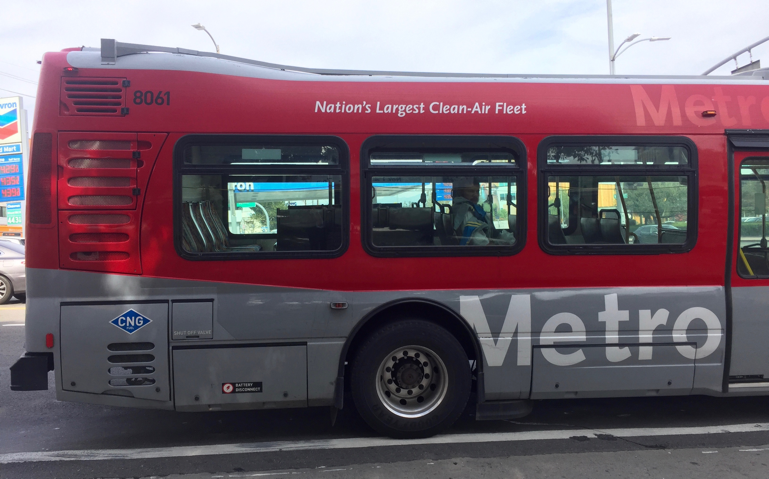 Metro Bus Cleaner : An important step to clean air equitable