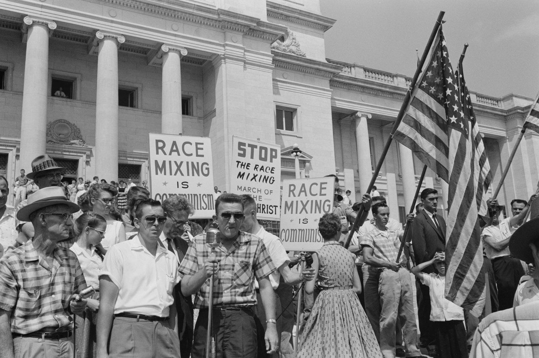 Erasing-US-Racist-History